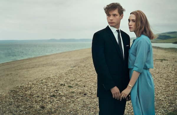 Billy Howle and Saoirse Ronan in On Chesil Beach (Photo: Universal & Bleecker Street)