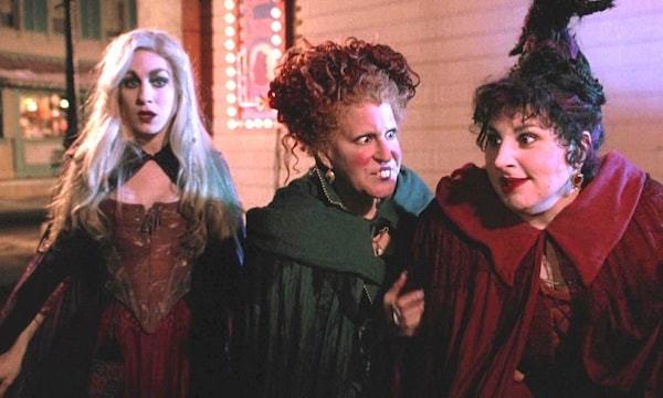 Sarah Jessica Parker, Bette Midler and Kathy Nijimy in Hocus Pocus (Photo: Disney)