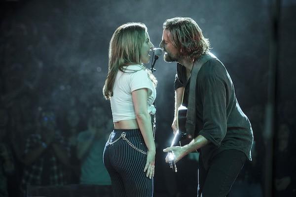 Lady Gaga and Bradley Cooper in A Star Is Born (Photo: Warner)