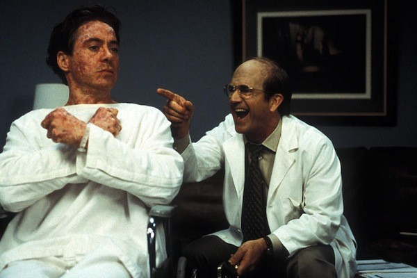 Robert Downey Jr. and Mel Gibson in The Singing Detective (Photo: Olive Films)