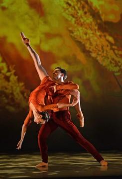Sasha Janes' The Four Seasons w/ Alessandra Ball James and David Morse (Photo Peter Zay)