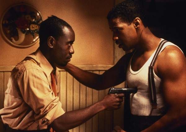 Don Cheadle and Denzel Washington in Devil in a Blue Dress (Photo: Twilight Time)