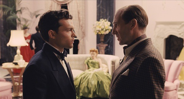 Alden Ehrenreich and Ralph Fiennes (Photo: Universal)