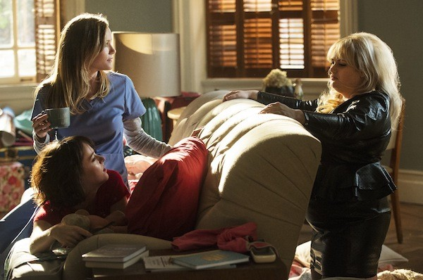 Leslie Mann, Dakota Johnson and Rebel Wilson in How to Be Single (Photo: Warner Bros.)