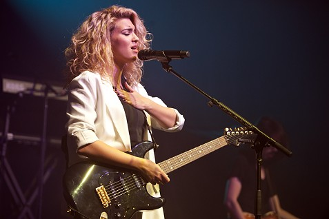 Tori Kelly - PHOTO BY JEFF HAHNE