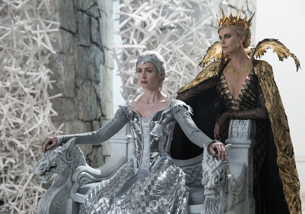 Emily Blunt and Charlize Theron in The Huntsman: Winter's War. (Photo: Universal)