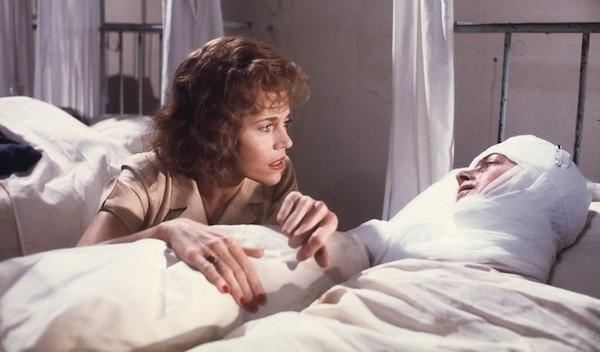 Jane Fonda and Vanessa Redgrave in Julia (Photo: Twilight Time)