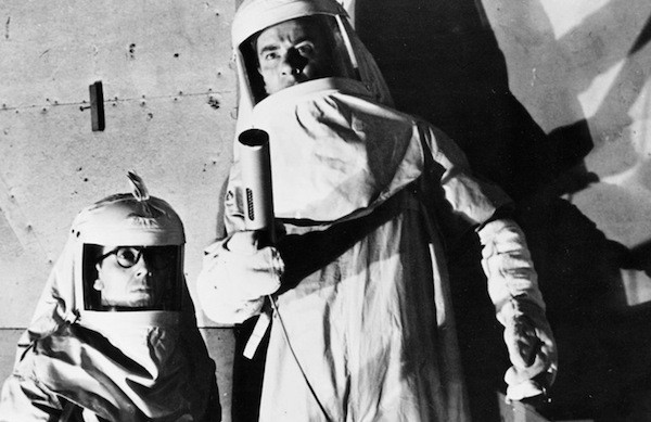 King Donovan and Richard Carlson in The Magnetic Monster (Photo: Kino)