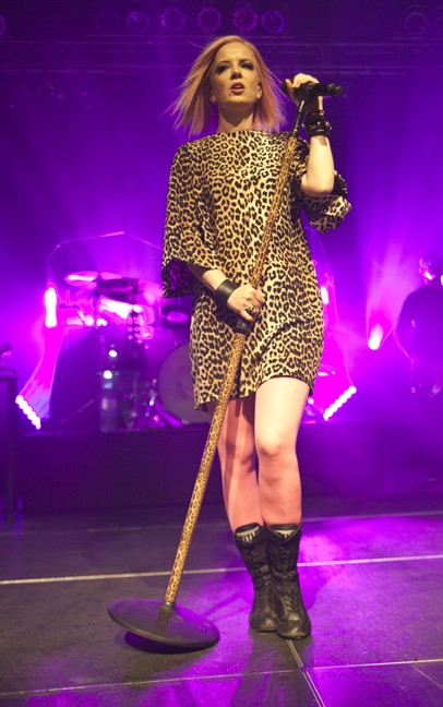 Garbage (Photo by Jeff Hahne)