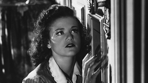 Simone Simon in Cat People (Photo: Criterion)