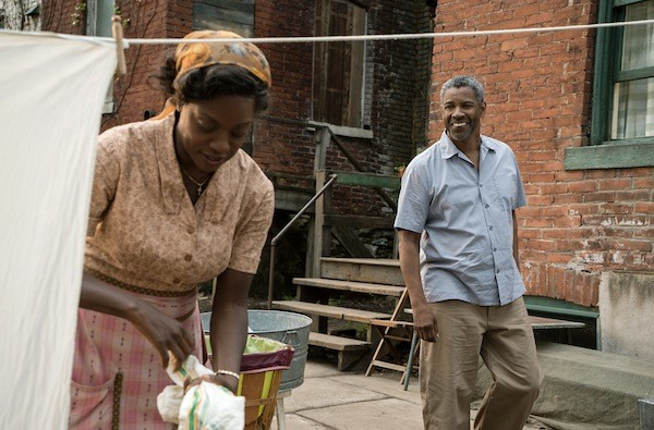Viola Davis and Denzel Washington in Fences (Photo: Paramount)