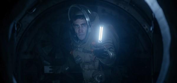 Jake Gyllenhaal in Life (Photo: Columbia)