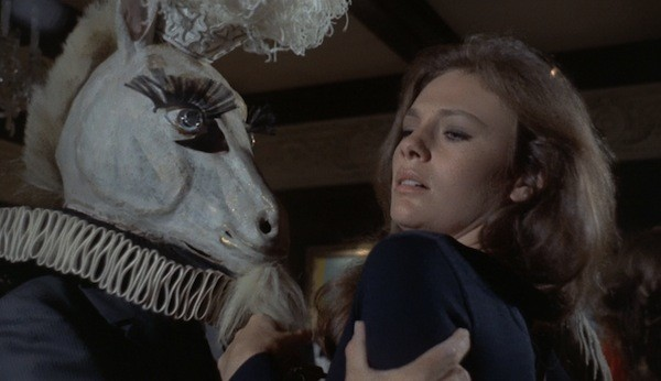 Jacqueline Bisset in The Mephisto Waltz (Photo: Kino)