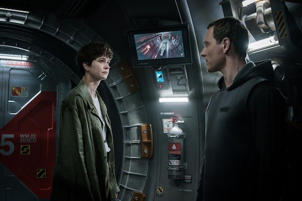Katherine Waterston and Michael Fassbender in Alien: Covenant (Photo: Fox)