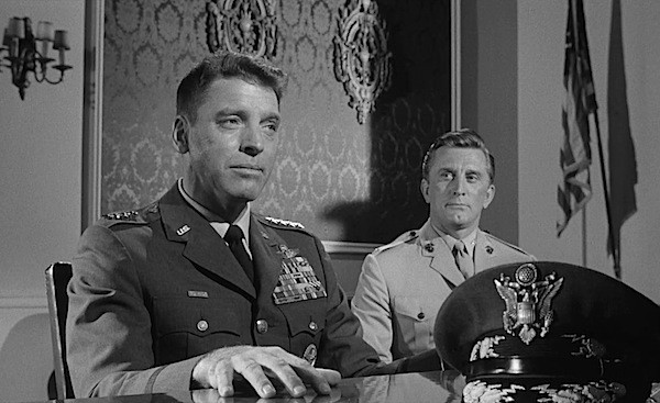 Burt Lancaster and Kirk Douglas in Seven Days in May (Photo: Warner)