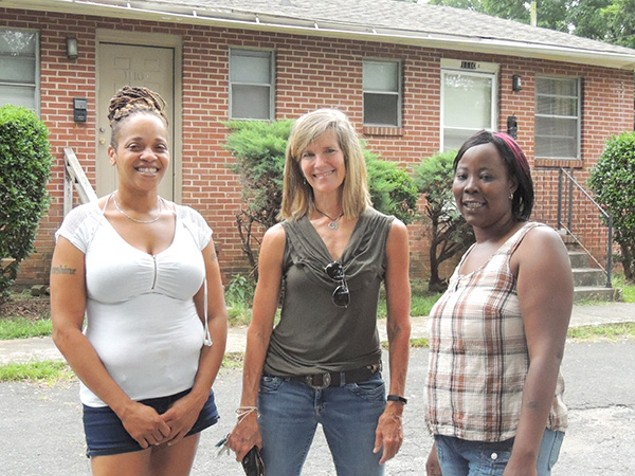 [From left] Carolina Cunningham, Molly Barker and Sharon Edwards at the Twin Oaks complex. (Photo by Ryan Pitkin)