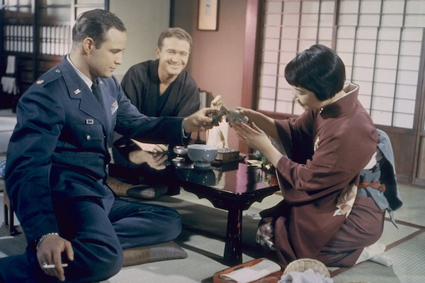 Marlon Brando, Red Buttons and Miyoshi Umeki in Sayonara (Photo: Twilight Time)