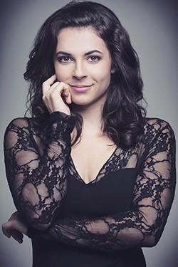 Magali Simard-Galdes as Gilda. (Photo by Larissa Lognay)