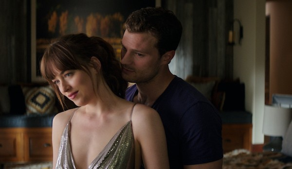 Dakota Johnson and Jamie Dornan in Fifty Shades Freed (Photo: Universal)
