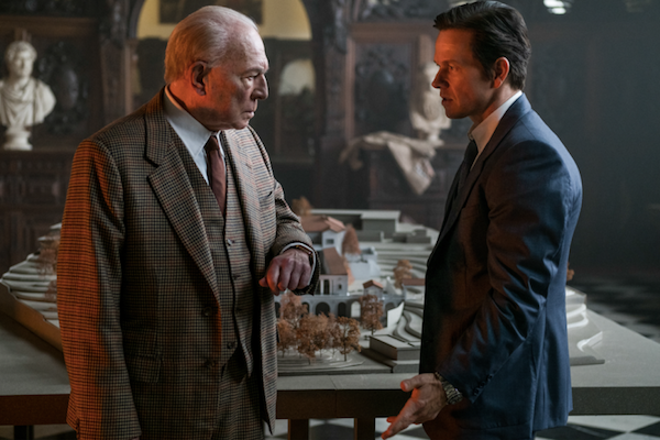 Christopher Walken and Mark Wahlberg in All the Money in the World (Photo: TriStar)