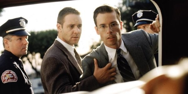 Russell Crowe and Guy Pearce in L.A. Confidential (Photo: Warner)