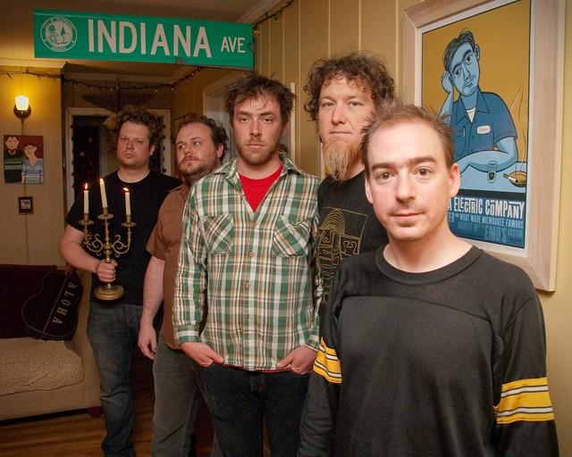 Jason Molina (far right)