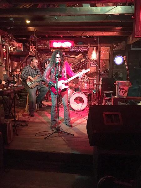 Arda Bagcioglu jams with the band. (Photo by Pat Moran)