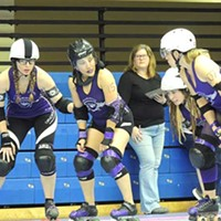 Charlotte Roller Girls Season Opener CLTRG blockers prepare for the next jam. Ryan Pitkin