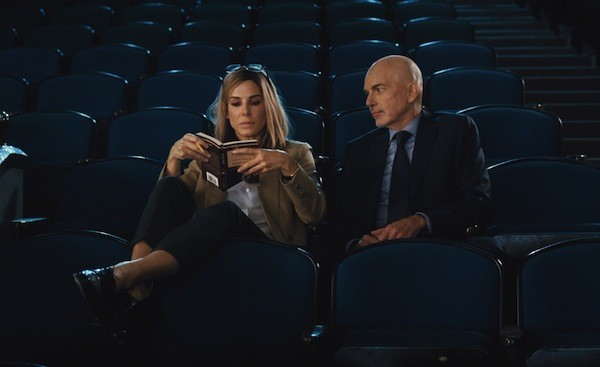 Sandra Bullock and Billy Bob Thornton in Our Brand Is Crisis (Photo: Warner Bros.)