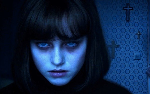 Madison Wolfe in The Conjuring 2 (Photo: Warner)