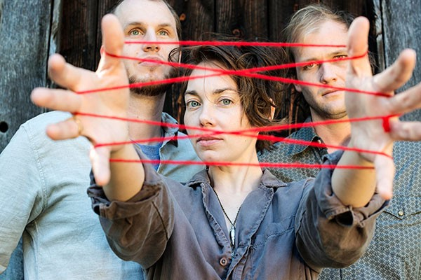 Mount Moriah performs at The Evening Muse on Nov. 10. (Photo by Lissa Gotwals)