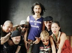gogol-group-photo-20121-e1350328128102.jpg