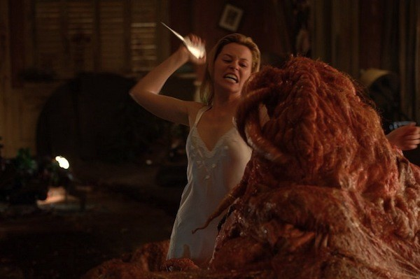 Elizabeth Banks in Slither (Photo: Shout! Factory)