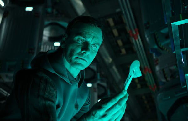 Michael Fassbender in Alien: Covenant (Photo: Fox)