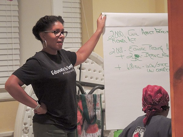 Patrice Funderburg leads a discussion on 'The New Jim Crow.' (Photo by Ryan Pitkin)