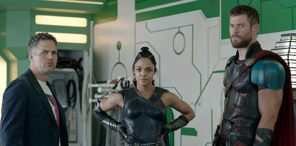 Mark Ruffalo, Tessa Thompson and Chris Hemsworth in Thor: Ragnarok (Photo: Marvel)