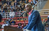 Ta-Nehisi Coates speaks to large crowd at Davidson College as part of book tour