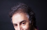 France's Acoustic Guitar Master Pierre Bensusan in Concert!