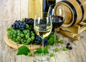 Red Vs. White Wine: Difference in Grapes