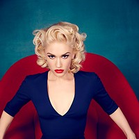 Gwen Stefani returns to the road as a solo artist