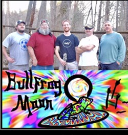 Grateful Dead and more with Bullfrog Moon at Divine Barrel - Uploaded by Bullfrog Moon