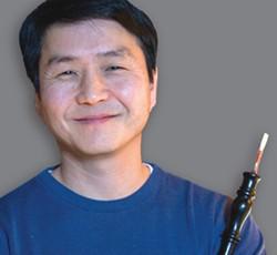 Sung Lee, baroque oboe - Uploaded by Karen Hite Jacob