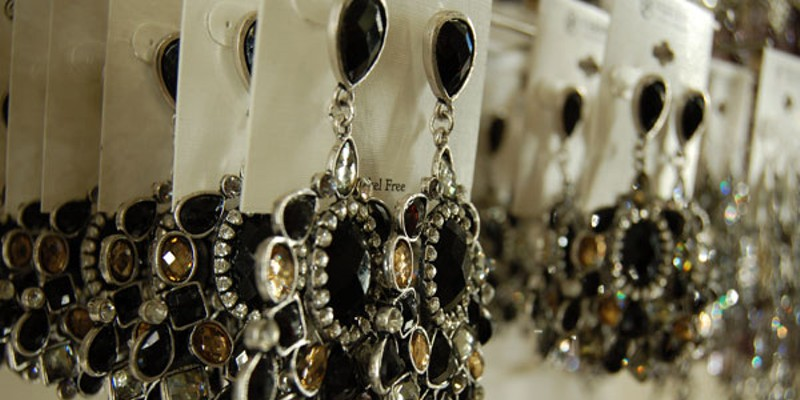 Versona Accessories opens in Charlotte