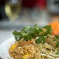 WHAT A DISH!: The Pad Thai at Basil Thai Cuisine