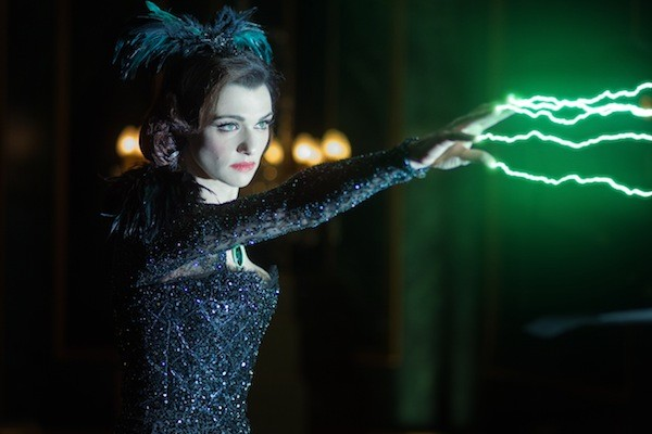 WICKED: Rachel Weisz in Oz the Great and Powerful (Photo: Disney)