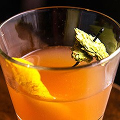 A Rocking Horse bartender makes a hopped-up Sazerac
