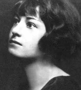 A young Dorothy Parker