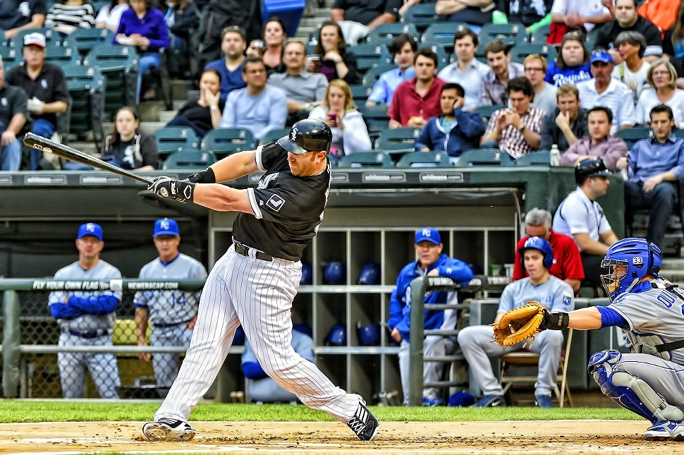Adam Dunn mashes a first-inning homer Friday night at White Sox Park.