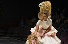 Fashion and two-for-one tix for Steppenwolf's <em>Marie Antoinette</em> tonight only