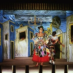 Anna Magnani, living in a painting, in Renoir's The Golden Coach